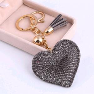 Porte-clefs cœur gris