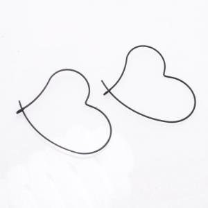 Boucle d'oreille cœur noir